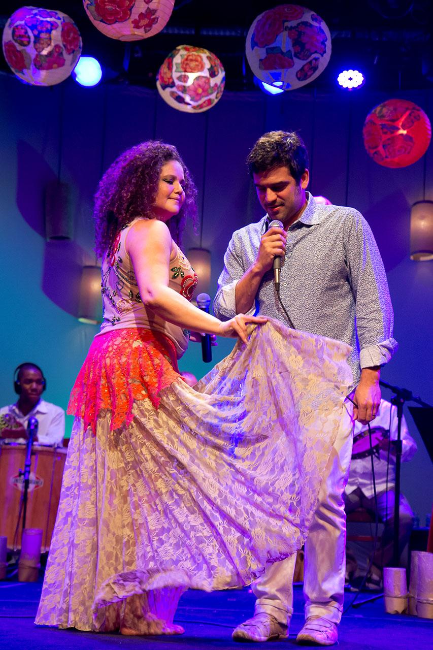 Alexandra Nicolas - Festejos Rio 07