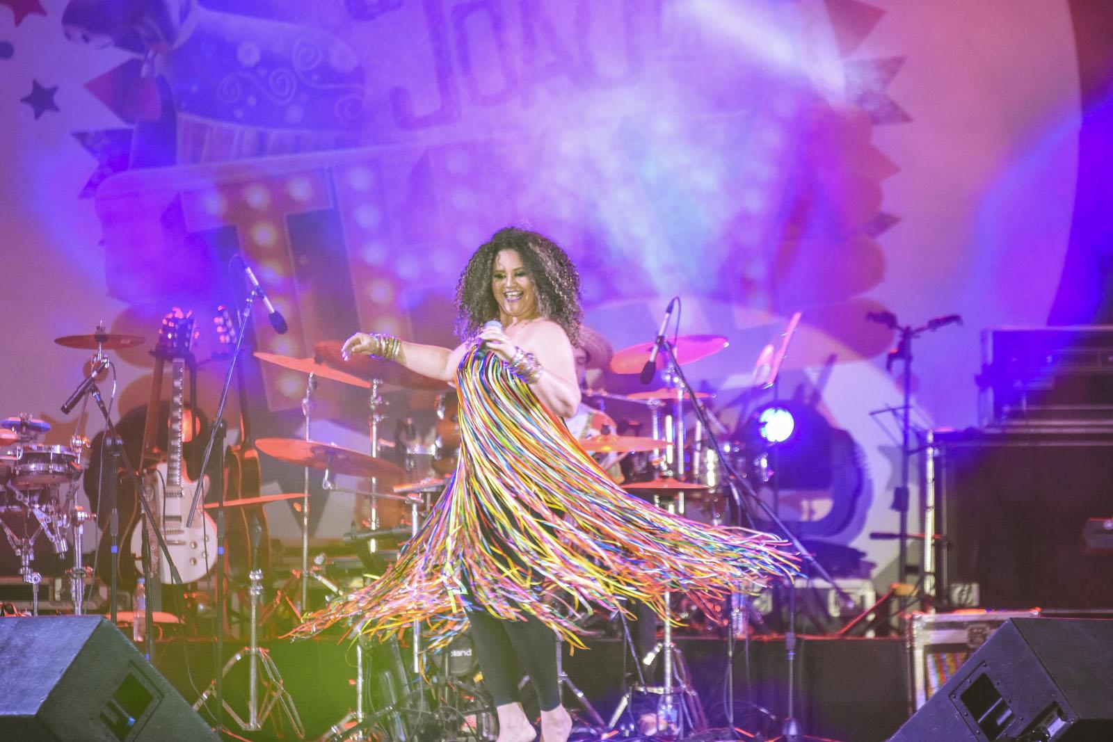 Alexandra Nicolas - Show Thaynara OG 04